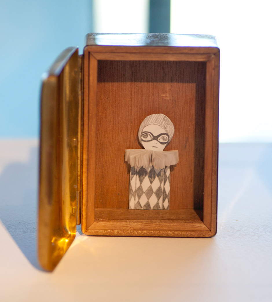 Peirot in a box
